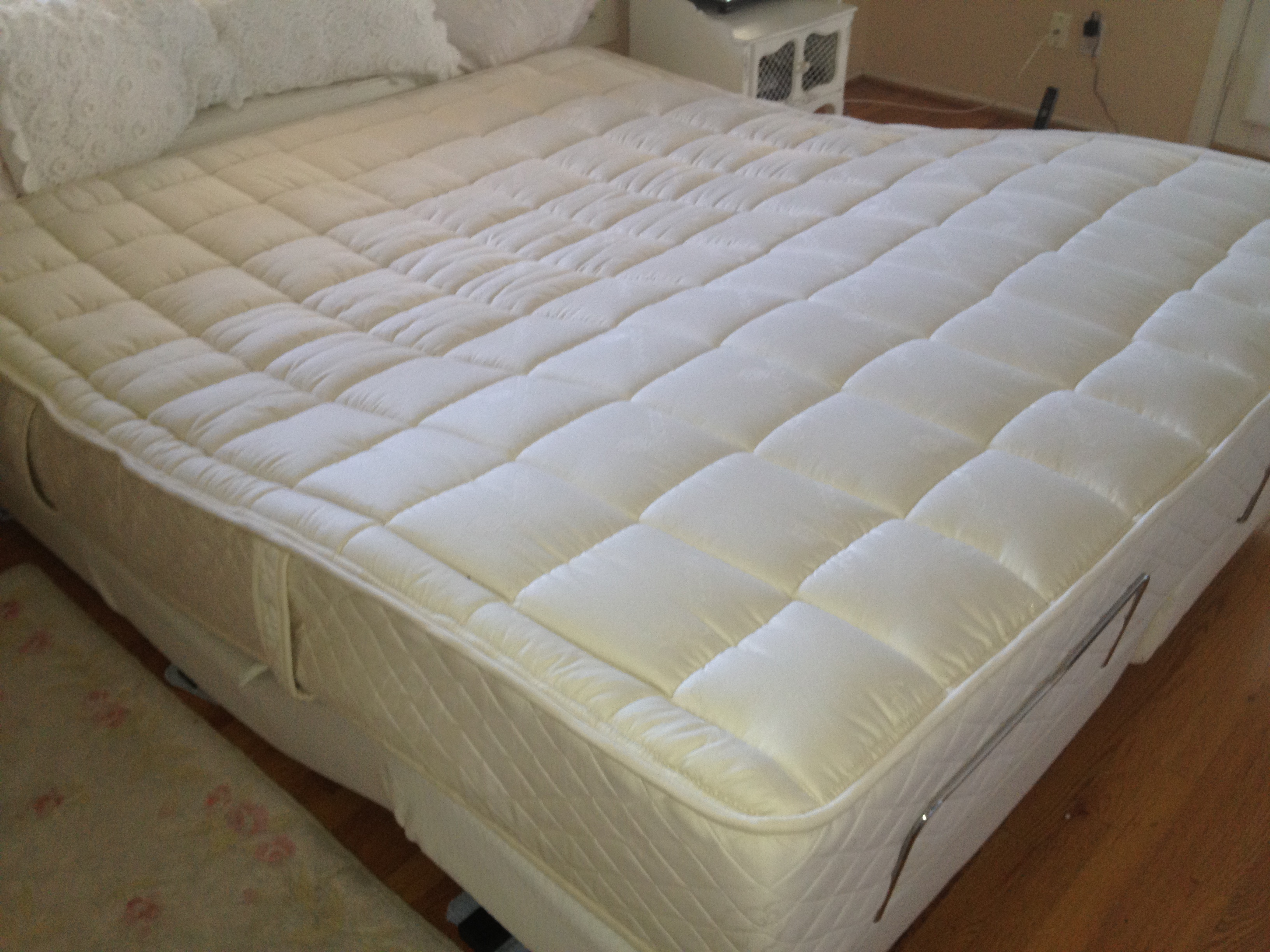 califronia king adjustable bed
